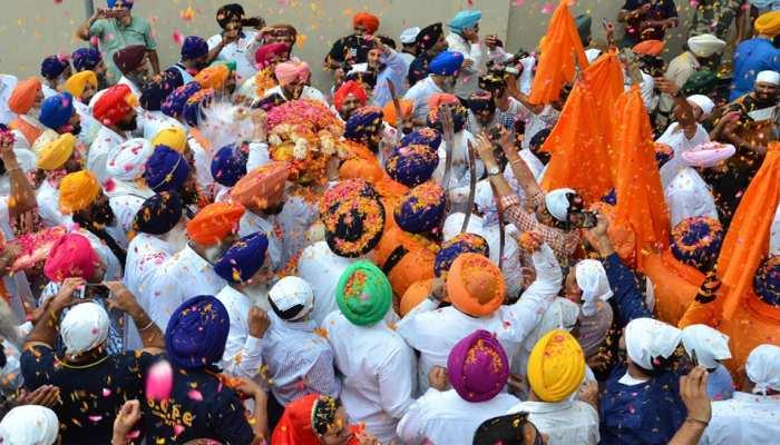 पाकिस्तान में बाबा गुरु नानक की 550वीं जयंती को बड़े पैमाने पर मनाने की तैयारी