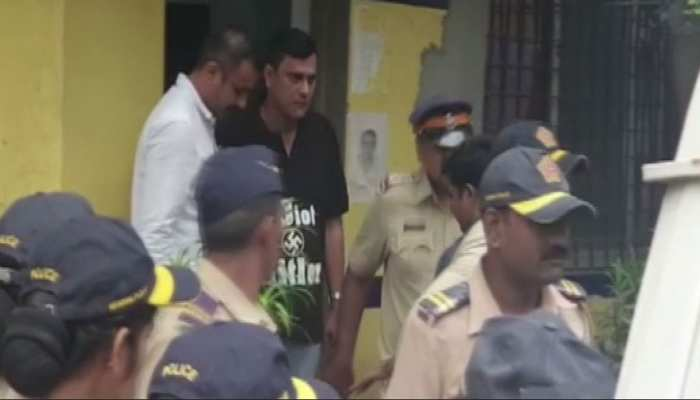 ED का विरोध जताने के लिए इस तरह की टी-शर्ट में पहुंचे MNS नेता संदीप देशपांडे, गिरफ्तार
