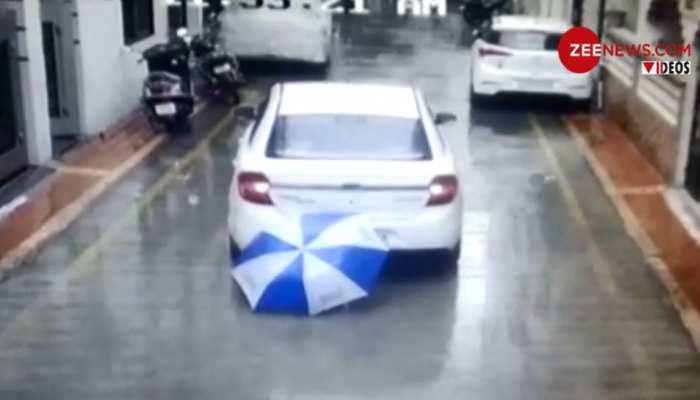 VIDEO: घर के बाहर खेल रहा था 7 साल का मासूम, तभी उसके ऊपर से गुजर गई गाड़ी और...