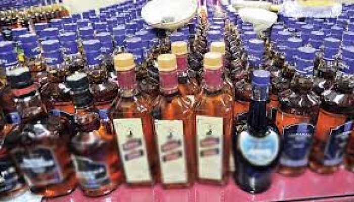 पटना के पॉश इलाके से शराब तस्कर गिरफ्तार, 672 बोतल शराब जब्त