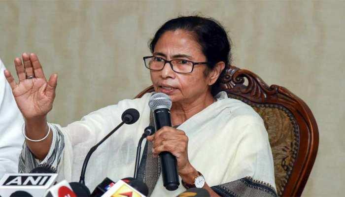 ममता बनर्जी ने कहा- चिदंबरम की गिरफ्तारी के तरीके से कमजोर हुआ लोकतंत्र