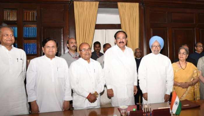 डॉ. मनमोहन सिंह के शपथ-ग्रहण समारोह में पहुंचे सीएम गहलोत, कहा...