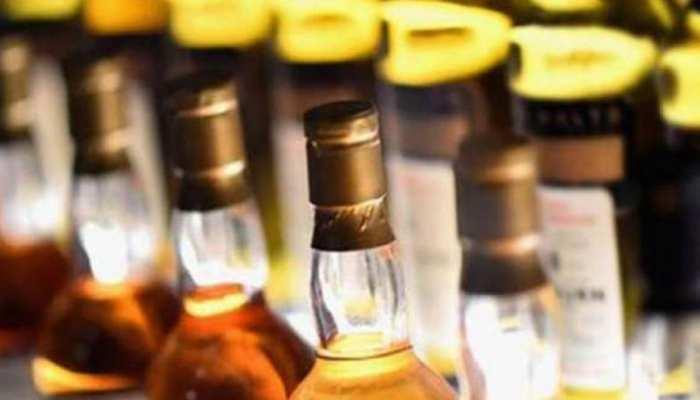 राजस्थान वित्त सचिव ने वाइन शॉप पर किया डिकॉय ऑपरेशन, बरामद की मिलावटी शराब
