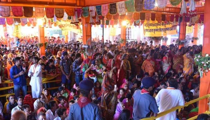 जयपुर: गोविंददेव मंदिर में सुरक्षा के पुख्ता इंतजाम, जन्माष्टमी पर उमड़ी भक्तों की भीड़