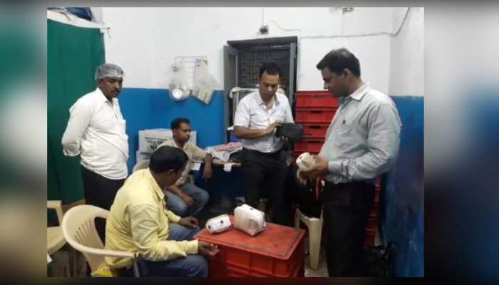 Gwalior: Food department raided on Shatabdi Express's Base kitchen