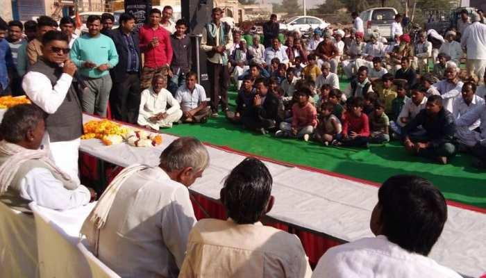 बीकानेर: खराब फसल को लेकर बीजेपी नेता डॉ विश्वनाथ मेघवाल ने कांग्रेस को दी चेतावनी