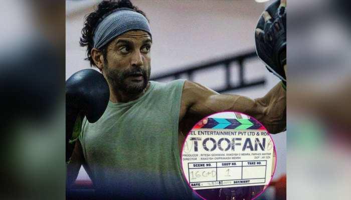 फरहान अख्तर ने शुरू की 'Toofan' की शूटिंग, सामने आई सेट से FIRST PHOTO
