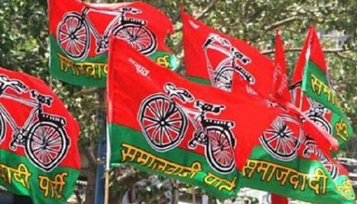 गोरखपुर: एक शिलापट हटने से भड़की समाजवादी पार्टी