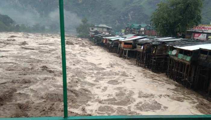 देश के कई राज्यों में बारिश बरपा सकती है कहर, आज इन जगहों पर भारी बरसात का अलर्ट