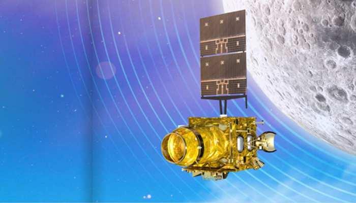विक्रम लैंडर से भले ही संपर्क टूट गया, लेकिन चंद्रयान-2 ऑर्बिटर 1 साल तक चांद पर करेगा शोध