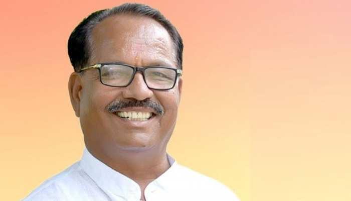 महाराष्ट्र में कांग्रेस को लगा झटका, चुनाव से पहले 'विधायक' ने ज्वॉइन की शिवसेना