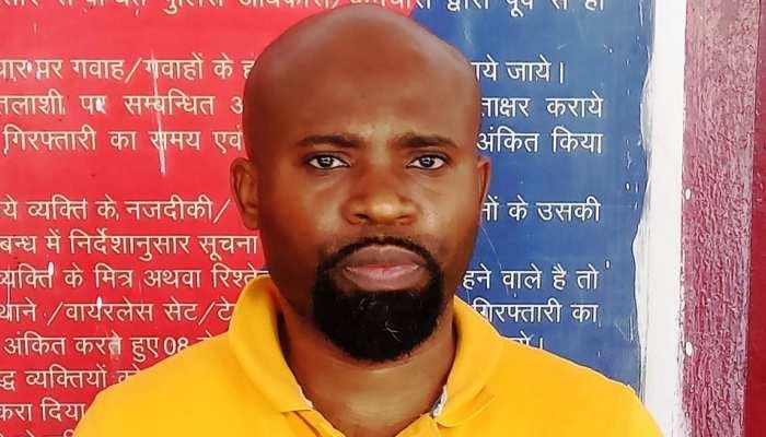 UP STF ने फेसबुक के जरिए ठगी करने वाले नाइजीरियन गैंग का पर्दाफाश, सरगना गिरफ्तार