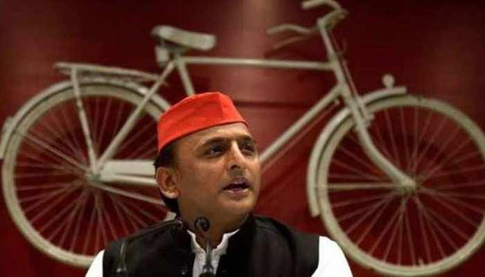 अखिलेश यादव कल जाएंगे रामपुर, DM ने पत्र लिखकर शासन से उनके दौरे को रोकने की मांग की