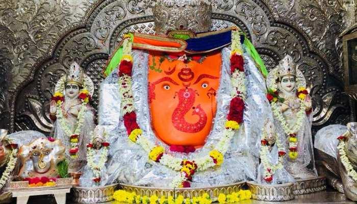 खजराना गणेश मंदिर में पूरी होती हैं मनोकामनाएं, मशहूर हैं बप्पा के चमत्कार के किस्से