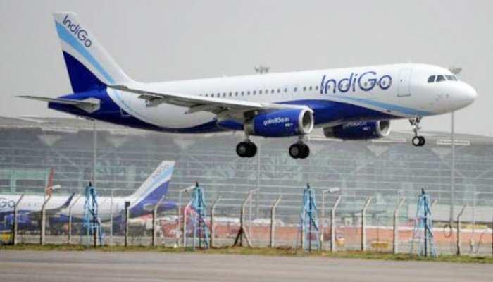 वाराणसी: विमान में आई तकनीकी खराबी, आफत में फंसी 144 यात्रियों की जान, कराई इमरजेंसी लैंडिंग