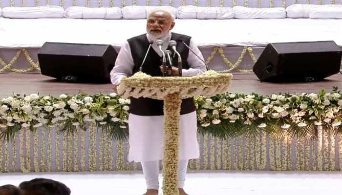 """जेटली की श्रद्धांजलि सभा में PM मोदी ने कहा, """"कभी सोचा नहीं था कि मुझे दोस्त को श्रद्धांजलि देने आना पड़ेगा'"""
