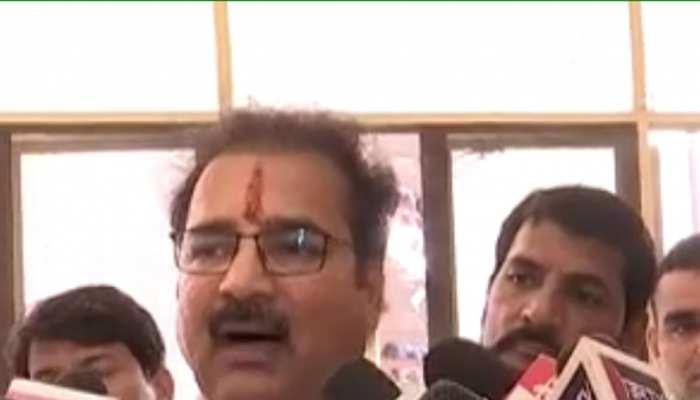 राजस्थान: नए मोटर व्हीकल एक्ट को लेकर लगातार हो रहा विरोध, खाचरियावास ने कहा...