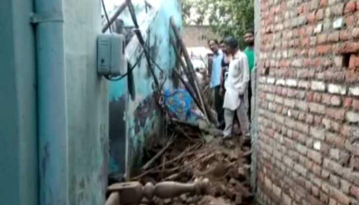 पठानकोट में कच्चे मकान की छत गिरने से 3 लोगों की मौत, 4 गंभीर रूप से घायल