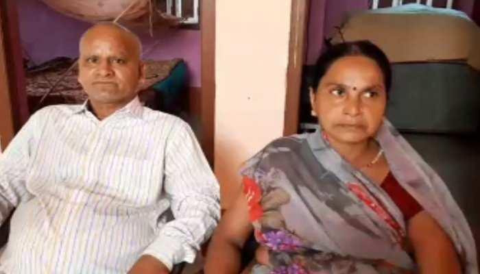 बिहार: किसान का बेटा सनोज राज बना KBC के 11वें सीजन का पहला करोड़पति, IAS बनने की है तमन्ना