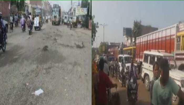 हिण्डौन: क्षतिग्रस्त सड़क पर टेम्पू पलटने पर ऑटोचालक नाराज, विरोध में लगाया जाम