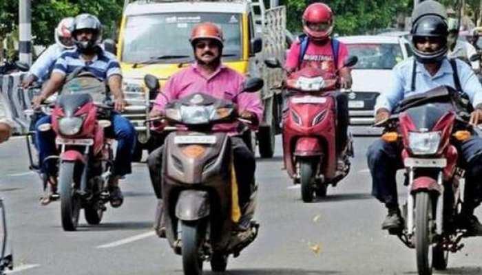 झारखंड: महंगे ट्रैफिक चालान से लोगों को मिलेगी राहत, तैयारी में जुटी रघुवर सरकार