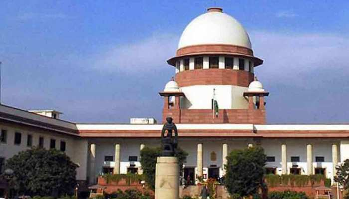 अयोध्या केस: वकील को श्राप देने वाले से CJI ने पूछा- आप 88 साल के हैं, आपने ऐसा क्यों किया?