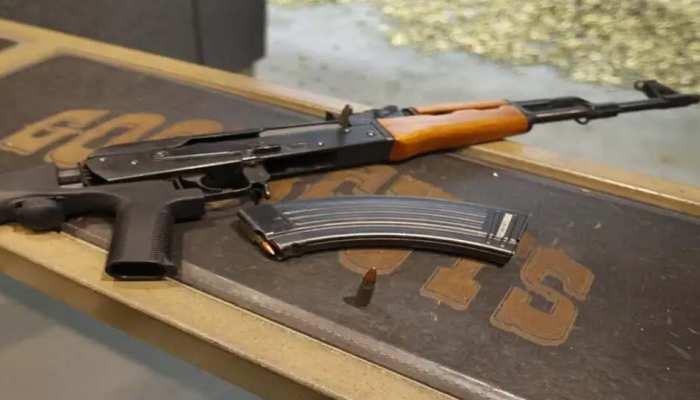 लड़की ने अपने दोस्त को बताया- मैंने खरीदी है AK-47 राइफल, 400 लोगों को है गोली मारना और फिर...