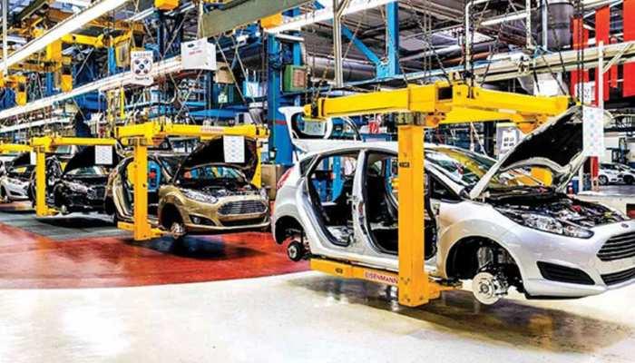 GST काउंसिल की बैठक में ऑटो सेक्टर को लगेगा और झटका?  GST दरों में राहत की उम्मीद नहीं