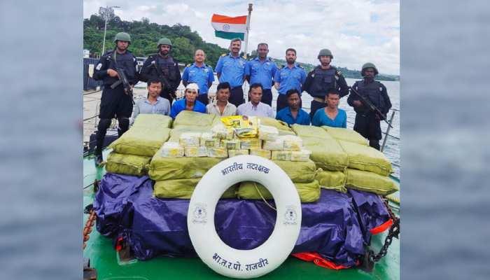 कोस्ट गार्ड ने समुद्री जहाज से बरामद की 1160 किलो प्रतिबंधित ड्रग्स, 6 गिरफ्तार