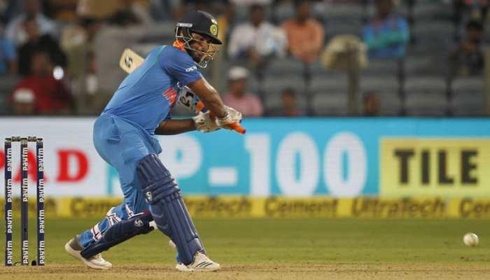 IND vs SA T20 LIVE: टीम इंडिया को लगा दोहरा झटका, पंत के बाद अय्यर भी हुए आउट