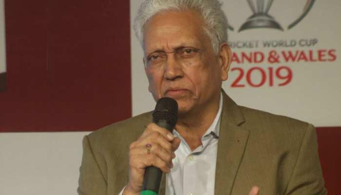 B'day Special: ODI में 'हैंडल्ड द बॉल' से OUT होने वाला पहला प्लेयर और इकलौता भारतीय
