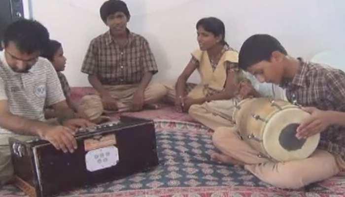 बाड़मेर में दिव्यांग बच्चों ने किया कमाल, हुनर के कायल हुए लोग