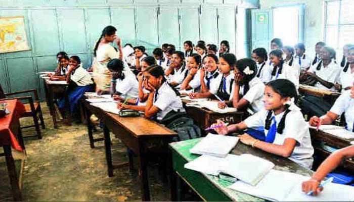 बाड़मेर: स्कूल टीचर को मिल रही पूरी सैलरी, फिर भी पढ़ाई के नाम पर खानापूर्ति