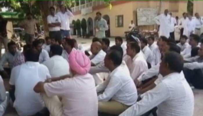 श्रीगंगानगर: वकील एक बार फिर आंदोलन की राह पर, आज करेंगे पेन डाउन हड़ताल