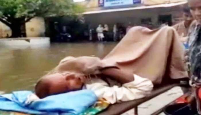 बिहार: बारिश से खुली दरभंगा नगर निगम की पोल, DMCH भी हुआ पानी-पानी