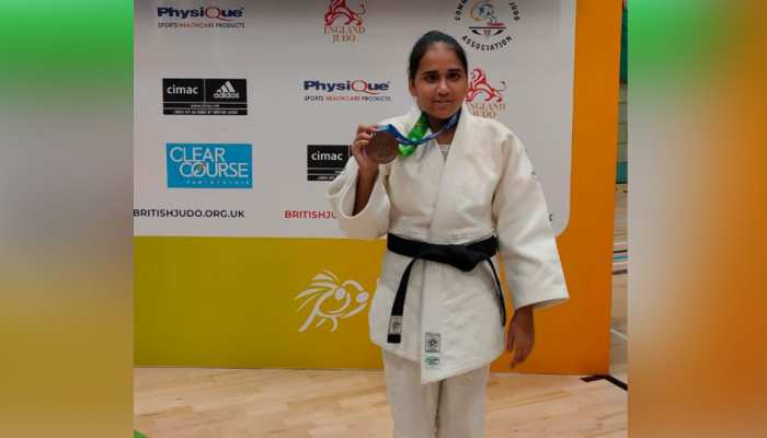 MP की बेटी सरिता चौरे ने इंग्लैंड में लहराया परचम, ब्लाइंड जूडो चैंपियनशिप में जीता कांस्य पदक