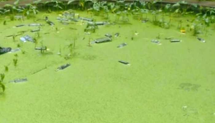 बिहार: समस्तीपुर में बारिश ने खोली शराबबंदी की पोल, तैरती नजर आ रही शराब की बोतलें