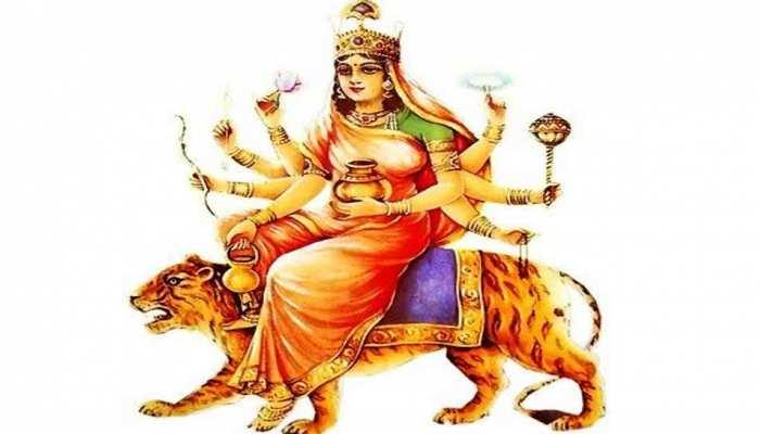 Navratri 2019: नवरात्र के चौथे दिन कीजिए मां कुष्मांडा की पूजा, घर में आएगी सुख-समृद्धि