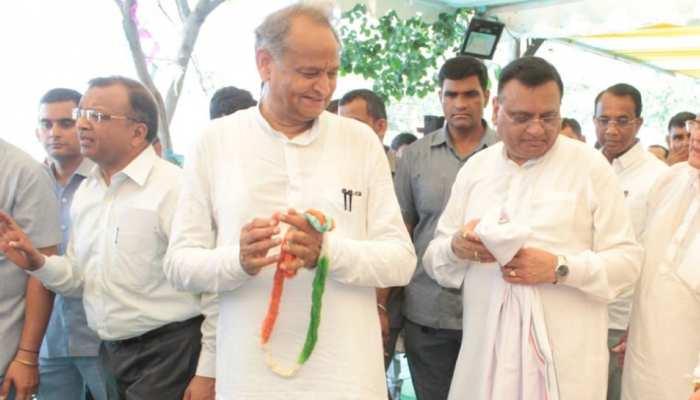 जवाहर कला केंद्र में गांधी जयंती पर खादी मेले का आयोजन, सीएम ने किया शुभारंभ