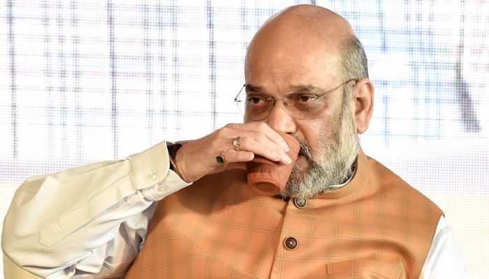 अमित शाह ने पी कुल्हड़ की चाय, तो दूसरे केंद्रीय मंत्रियों ने स्टील की बोतल से पीया पानी