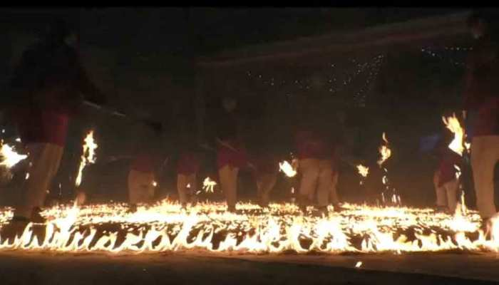 PHOTOS: Here people do garba on fire, this unique tradition is centuries old