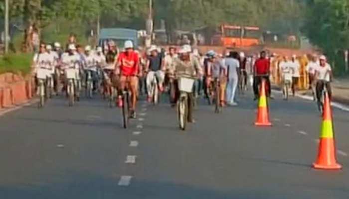 जयपुर: परिवहन विभाग ने सड़क सुरक्षा सप्ताह का आयोजन कर कुछ ऐसे मनाई गांधी जयंती