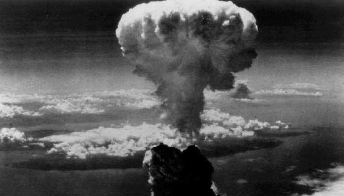 द्वितीय विश्व युद्ध के जमाने का युद्धक विमान दुर्घटनाग्रस्त, 7 की मौत