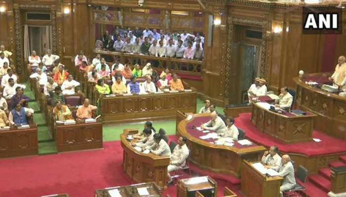UP विधानमंडल: 36 घंटों का ऐतिहासिक विशेष सत्र पूरा, CM योगी ने सदस्यों का किया धन्यवाद