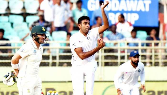 INDvsSA: अश्विन आज बना सकते हैं विश्व रिकॉर्ड, चाहिए बस 6 विकेट