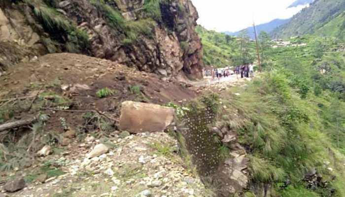 उत्तराखंड: देर रात फिर हुआ भूस्खलन, बागेश्वर-अल्मोड़ा का मोटर मार्ग बंद हुआ