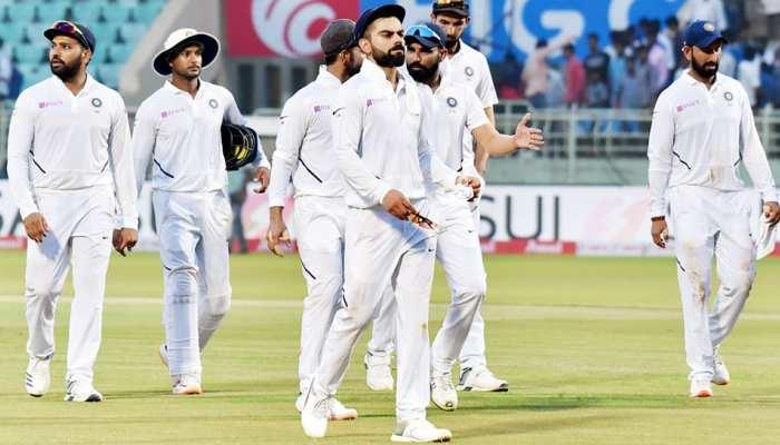 INDvsSA: विजाग टेस्ट में हुआ दिलचस्प वाकया, बाउंड्री लाइन में फंसी गेंद, देर तक ढूंढ़ते रहे खिलाड़ी