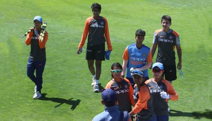 महिला क्रिकेट: दक्षिण अफ्रीका ने भारत को करारी शिकस्त दी, सिर्फ 70 रन पर सिमटी टीम इंडिया