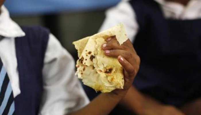 झारखंड: लोहरदगा में फूड प्वाइजनिंग से एक ही पारिवार के तीन लोग बीमार, इलाज जारी