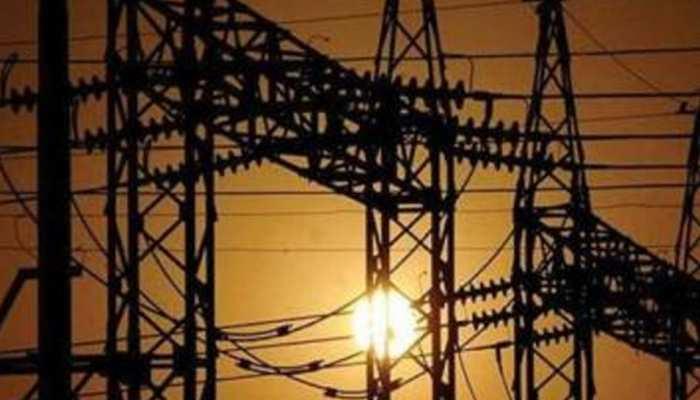 इस दिवाली एक पल भी अंधेरा नहीं! UP के हर जिले को मिलेगी 24 घंटे बिजली
